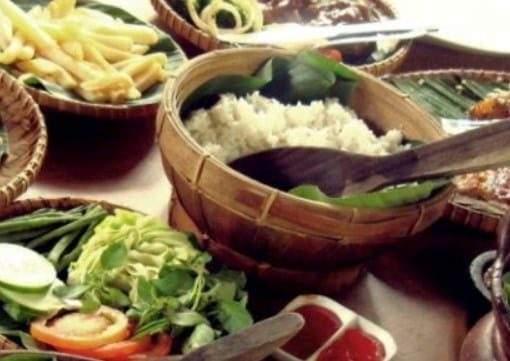 5 Wisata Kuliner Murah Bogor Yang Paling Enak Bikin Doyan Makan