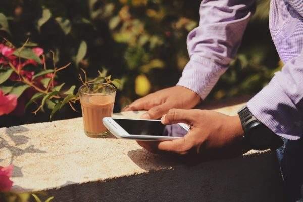 Sinyal Android Kamu Lemot? Berikut Cara Memperkuat Sinyal Android https://unsplash.com/photos/Mkh2La9fEDY Photo by Rohit Tandon
